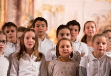 Adventskonzert: Unterstufenchor und -orchester