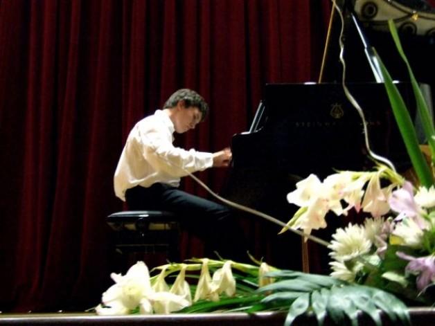 Dirigent und Pianist Frank Düpree im DHG am 27.06.12