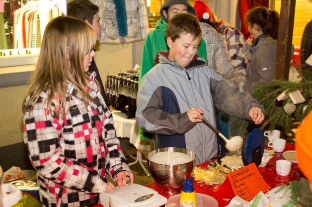 Die Klassenstufe 7 auf dem Weihnachtsmarkt in Meersburg