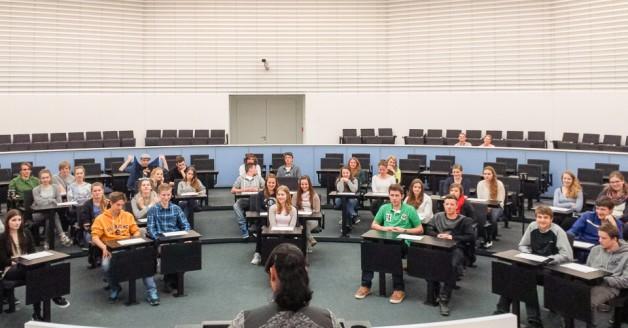 Besuch des Landtags: Politische Bildung live für die Jahrgangsstufe 1