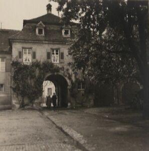 Reithofeingang Domäne vor dem Umbau